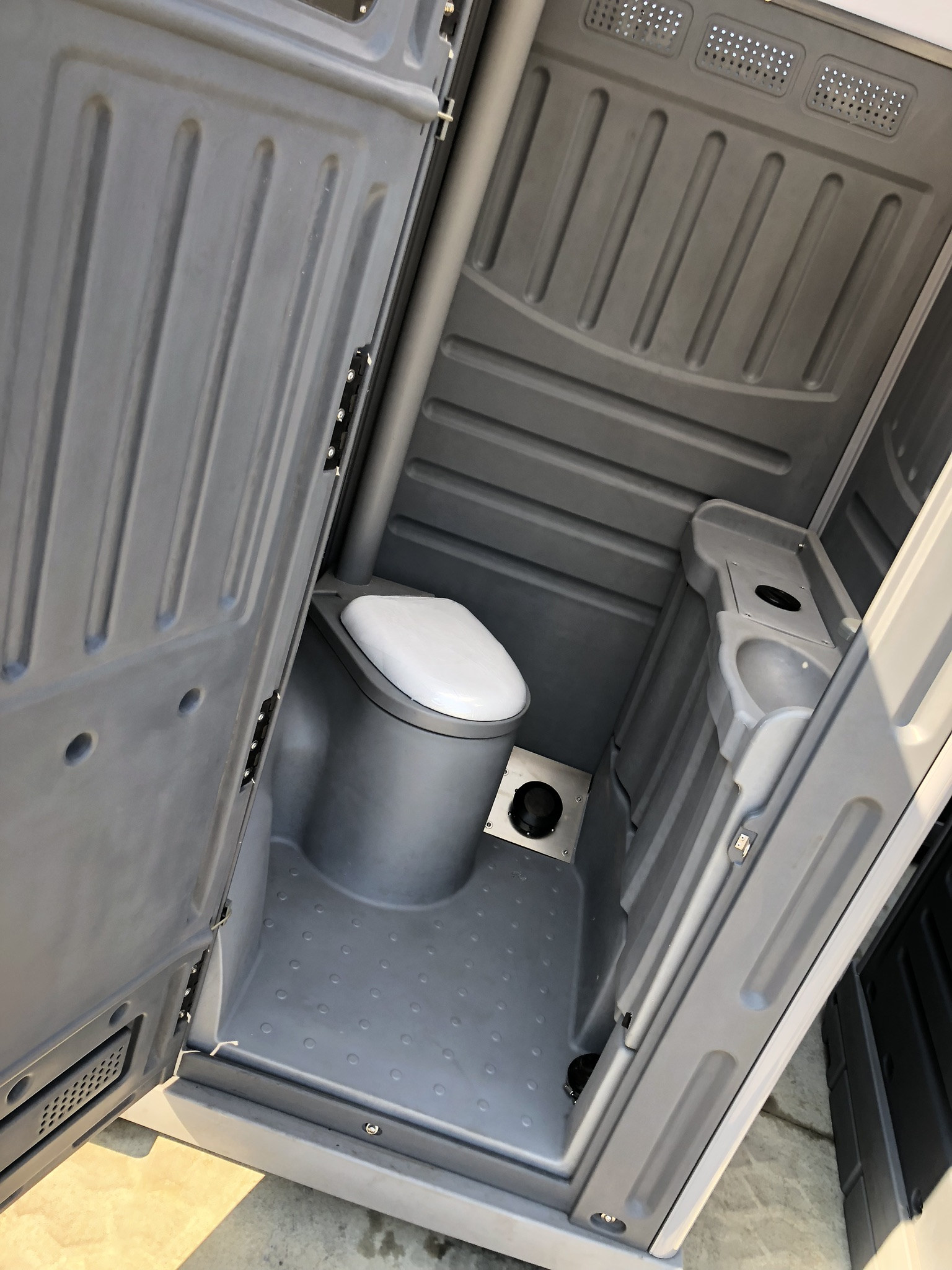 ALPHA TWIN SKIN PORTABLE TOILETS