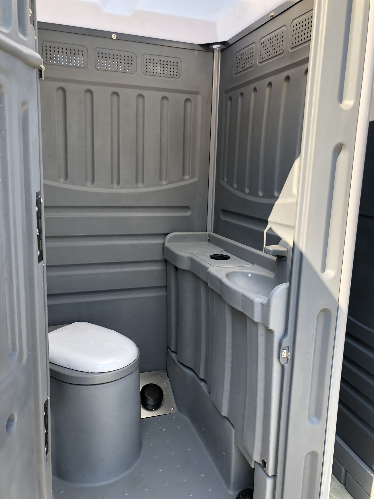 AHPHA PORTABLE BUILDERS TOILETS