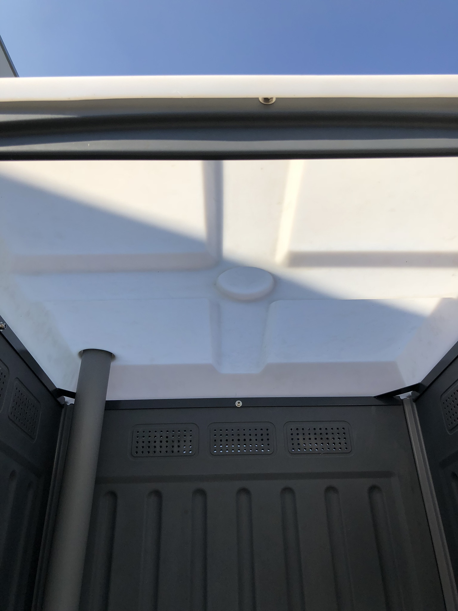ALPHA PORTABLE TOILETS -REINFORCED ROOF